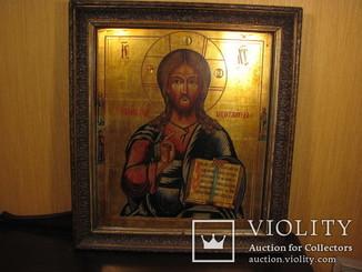 Икона Господь Вседержитель в рамке.