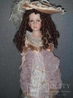 Кукла фарфоровая идеальная