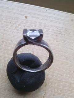 Серебряное кольцо с прозрачным камнем
