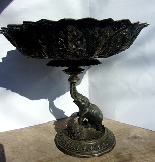 Фруктовница серебро, колониальная Индия.