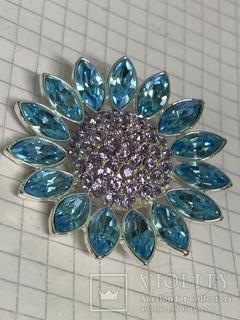 Брошь Франция Givenchy с кристаллами SWAROVSKI