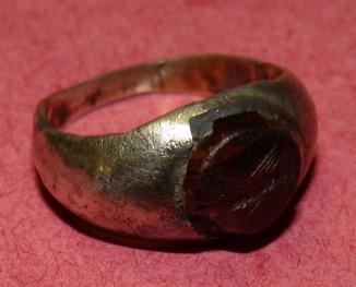 Серебряный перстень с геммой