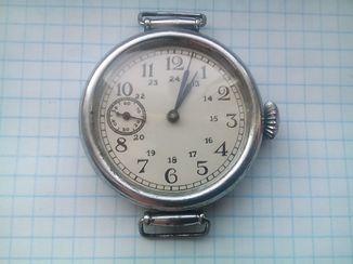 Наручные часы 1939г. на ходу