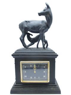 Часы чугунные Олени Куса