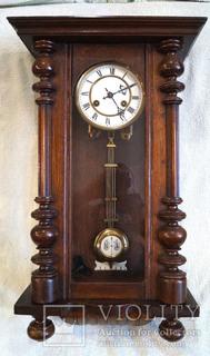 Настінний годинник Junghans
