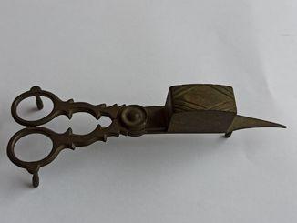 Фитильные ножницы 1867 года Европа бронза