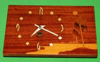 Часы настенные Маяк с аппликацией