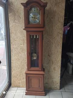 Часы напольные четвертные,клеймо - FHS(Frans Hermle) Германия