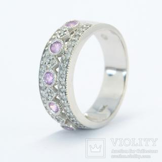 Золотое кольцо с розовыми топазами и бриллиантами