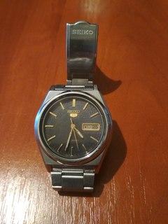 """Мужские часы """"Seiko"""" автоподзавод с браслетом - оригинал."""