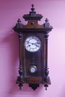 Настенные часы Kienzle