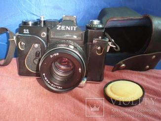 Фотоаппарат Зенит Zenit 11 Объектив Гелиос 44м-4 Экспортный
