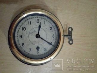 Часы судовые палубные