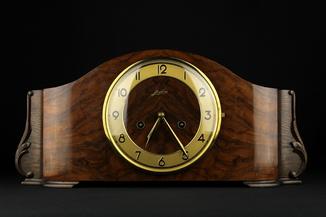 Каминные часы Junghans. 1939 год. Германия (0709)
