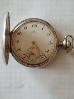 Годинник Омега