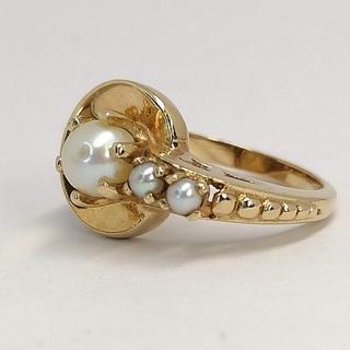 Винтажное золотое (10к) кольцо с тремя жемчужинами