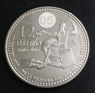 Монета 12 евро 2005 года, Испания, «400 лет издания романа «Дон Кихот» Мигеля Сервантеса»
