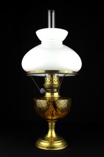 Коллекционная керосиновая лампа с плафоном. Высота 500 мм. Европа (0744)