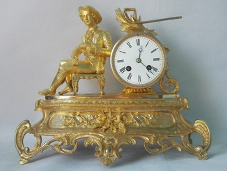 Бронзовые часы в родной позолоте XIX века