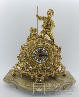 Механічний камінний годинник на мармуровій підставці арт. 069