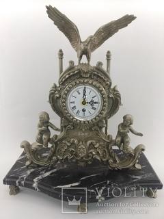 """Механічний посріблений камінний годинник на мармуровій підставці """"Діти і Орел"""" арт. 012"""