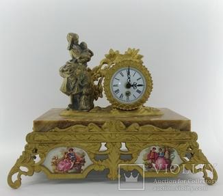 Механічний камінний годинник на мармуровій підстаці арт. 063