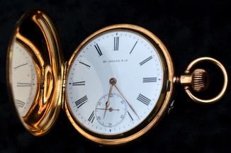 Золотые карманные часы Henry Moser & Cie