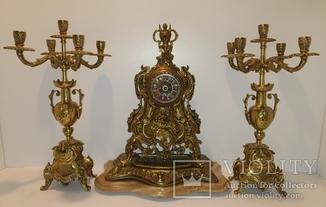 Механічний камінний годинник на мармуровій підставці з підсвічниками по 5 свічок арт. 060