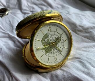 """Часы с будильником """"EUROPA"""" Germany. Дорожные."""