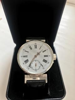 Часы марьяж La Shauxs - de - Fonds