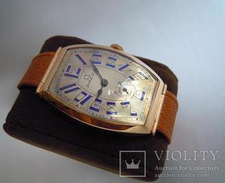 Золотые часы Omega 583