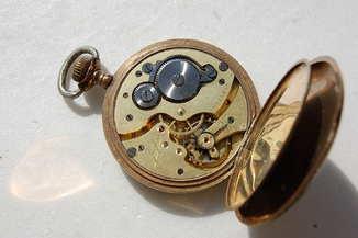 Годинник Junghans