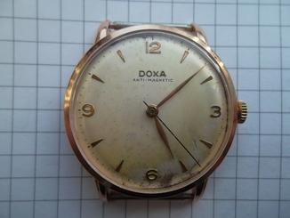 Часы золотые наручные Doxa, Швейцария. 585 проба (14 карат) вес золота 10 гр.