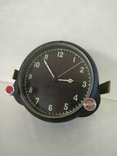 Часы (122 ЧС)