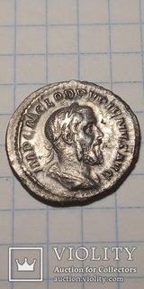 Денарий Пупиен с 22 апреля по 29 июля 238 г. н.э.