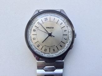 Часы Ракета.