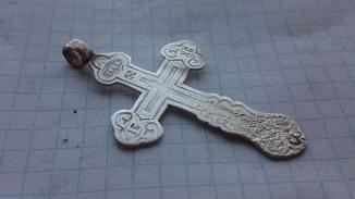 Серебряный  крест вес 4.77 гр