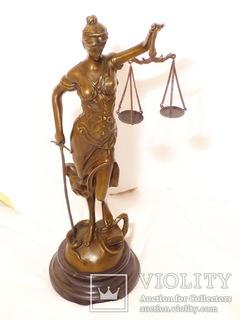 Фигура Фемида, богиня правосудия, бронза