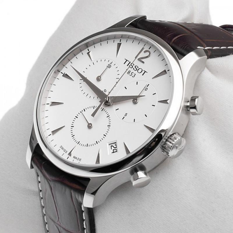 Чего бы вы ни захотели от наручных часов, это уже создано разработчиками бренда.