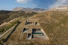 Дом для отдыха на побережье — новый проект греческих дизайнеров