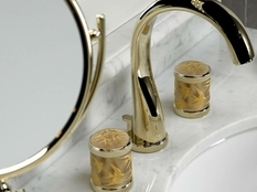 THG Paris и Lalique объединились для выпуска коллекции сантехники