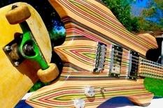 Игривая музыка: гитарист склеил инструмент из досок для скейтбординга