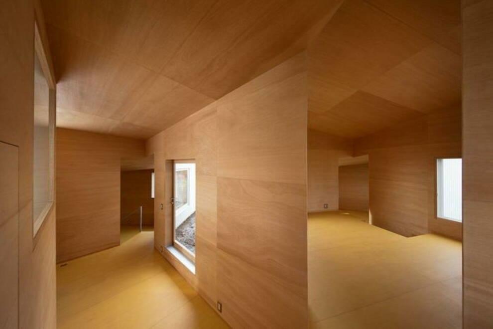 Японские архитекторы создали деревянный дом в стиле минимализм