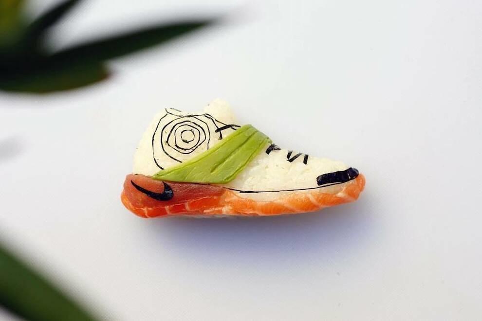 Кроссовки из суши: миланский шеф-повар крутит спортивные роллы