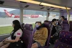 Колыбель на колесах: в Гонконге запустили автобус для тех, кто хочет выспаться